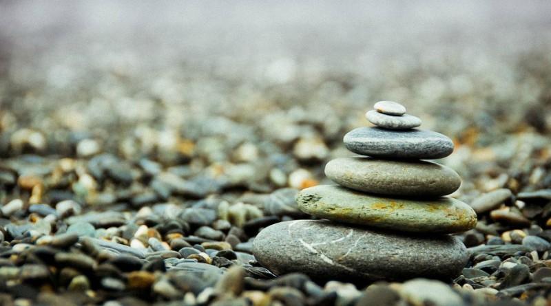 stones-801756_960